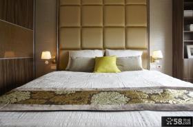 现代创意卧室床头软包背景墙图片
