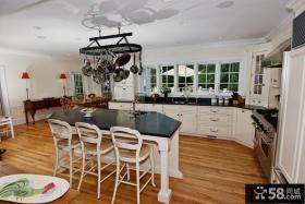欧式厨房吧台天花板装饰效果图