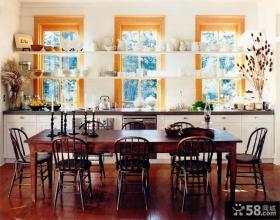美式风格别墅餐厅设计效果图