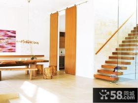 现代别墅客厅电视背景墙 橙色沙发图片