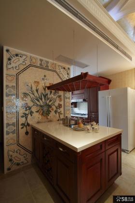 美式风格厨房瓷砖装修效果图