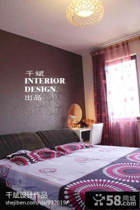 小户型卧室床头壁纸背景墙效果图片大全