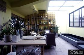 现代家庭装修阳台设计图片