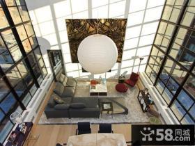 纽约的壮观的复式房飘窗