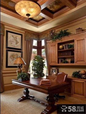 法式风格别墅书房布置图片