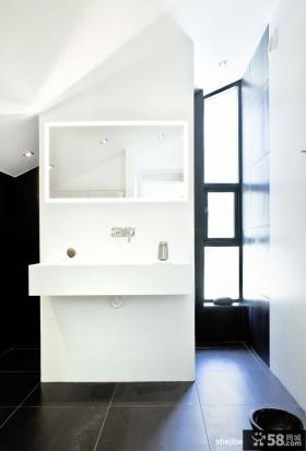 白色极简复式楼卫生间装修效果图大全