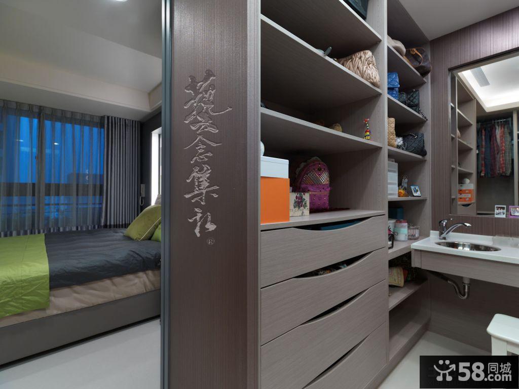 日式风格家庭设计隔断装修效果图欣赏