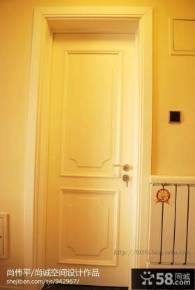 白色欧式卧室门图片