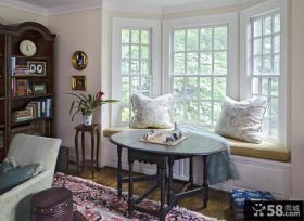 2013客厅飘窗装修设计图片