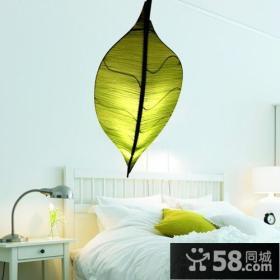 简约卧室后现代个性灯饰图片