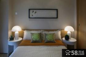 日式卧室床头灯具图片