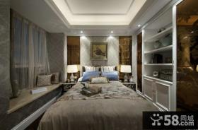 美式古典风格卧室吊顶图片