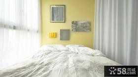 简约公寓房间相片墙装修设计图片