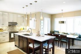 两室两厅装修效果图 现代厨房装修效果图