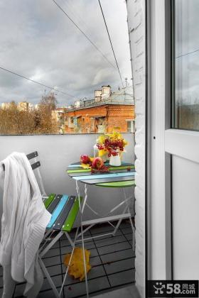 北欧家庭二层小阳台布置图片