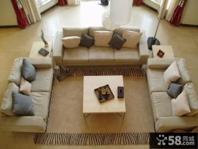 现代风格小户型客厅沙发摆放图片