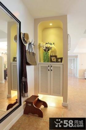 客厅进门玄关鞋柜装修效果图