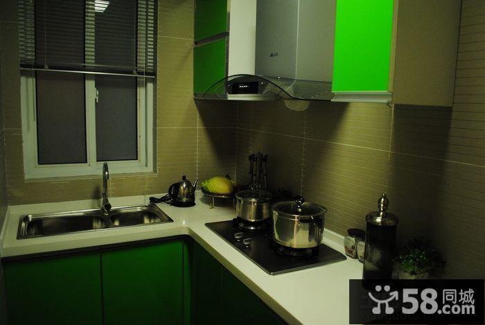 小型厨房灶台装修效果图
