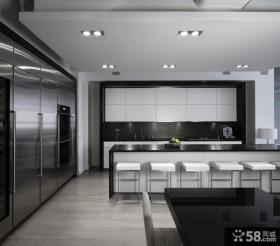 现代风格一字型开放式厨房装修效果图