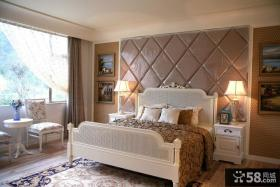 新古典风格卧室软包背景墙效果图