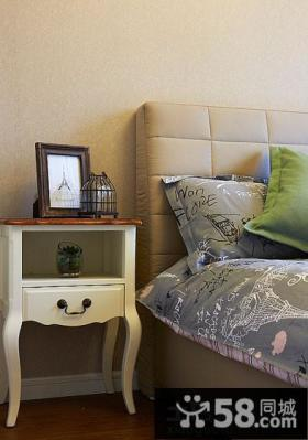 卧室实木床头柜设计效果图
