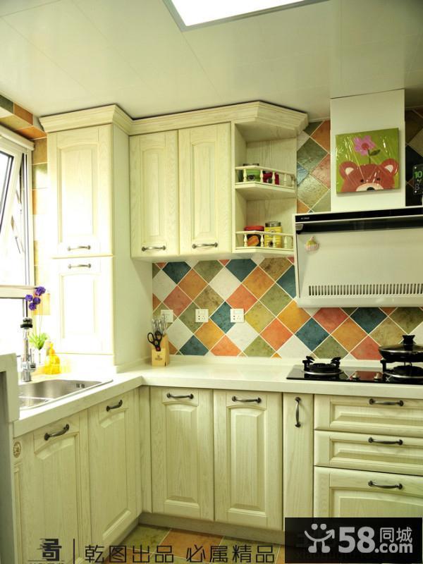 欧式厨房瓷砖装修效果图