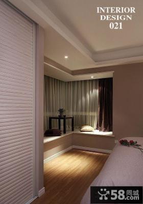 简约卧室转角飘窗装修效果图