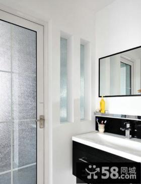 现代风格厕所隐形门