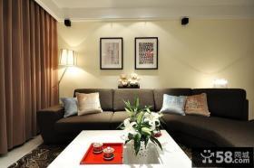 简约风客厅小沙发墙装饰画
