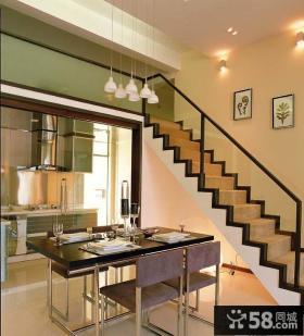 复式楼厨房与餐厅隔断设计效果图