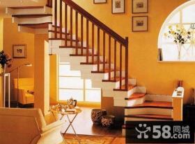 地中海风格跃层楼梯装修效果图