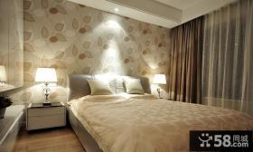 现代风格卧室床头壁纸效果图