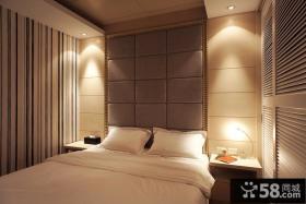 简约风格卧室床头硬包背景墙装修效果图