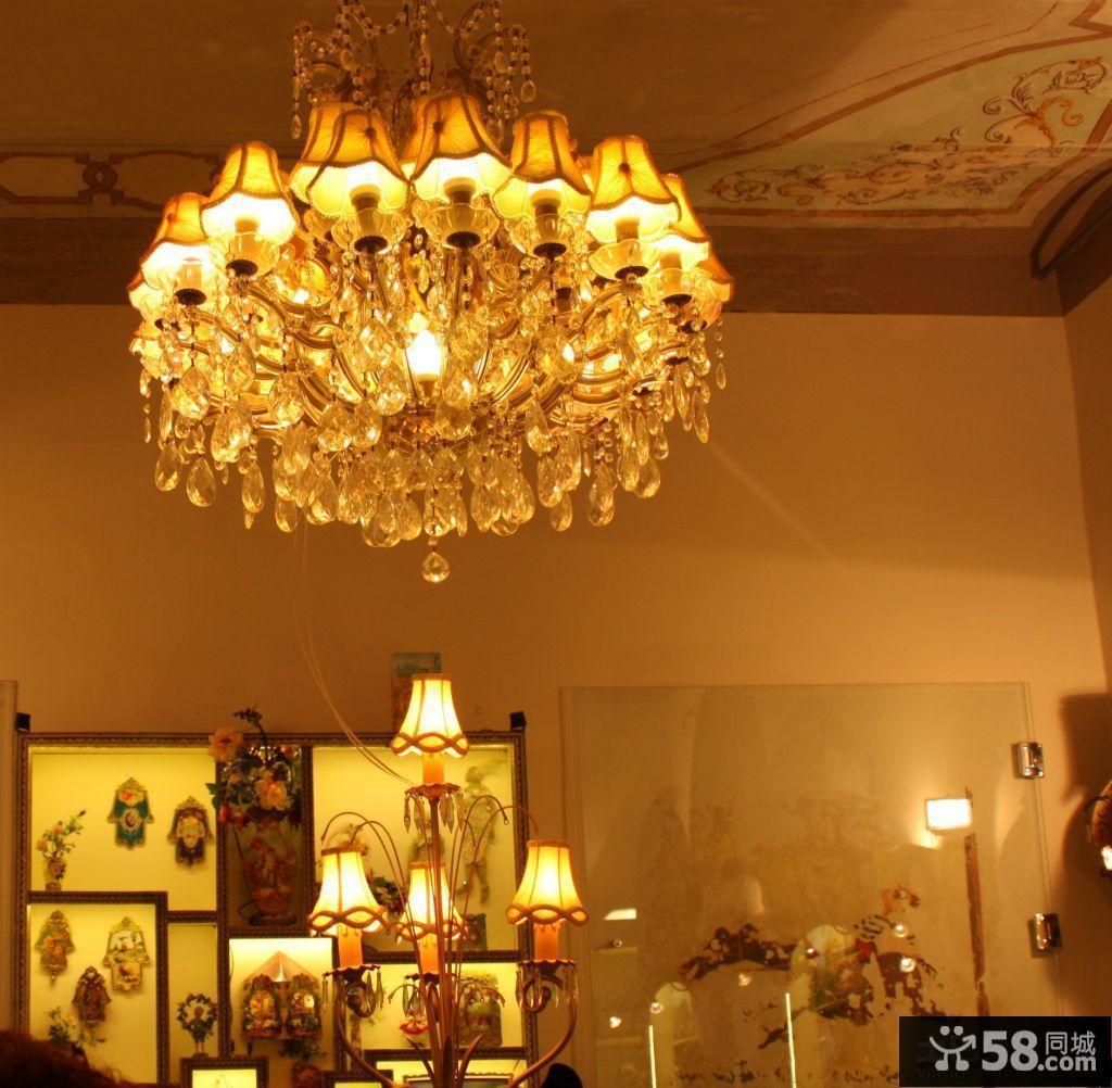 欧式客厅吊灯装饰图片欣赏