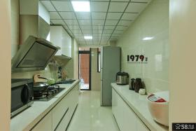 现代风格装修两室两厅厨房设计