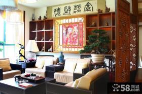 新中式风格复式客厅沙发背景墙装修效果图