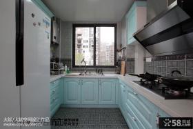 U型厨房橱柜效果图