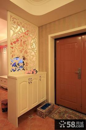 进门玄关鞋柜镂空隔断效果图