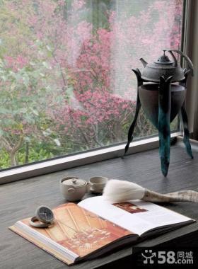 卧室飘窗装饰效果图欣赏