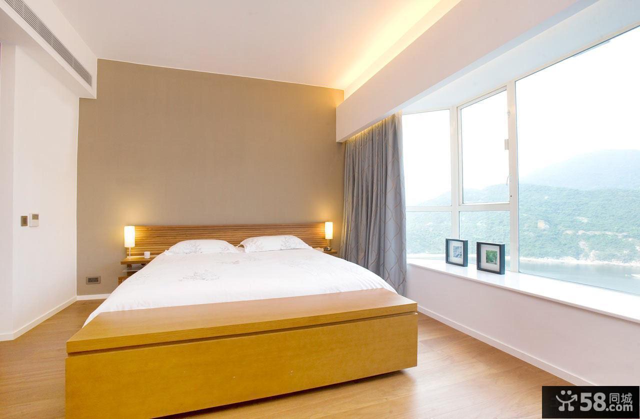 日式风格大飘窗卧室装修图