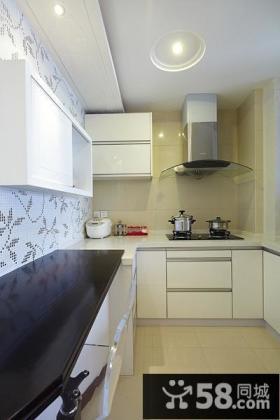 现代风格简约厨房装修设计图
