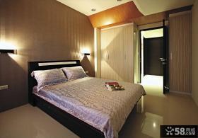 现代风格卧房装修设计图