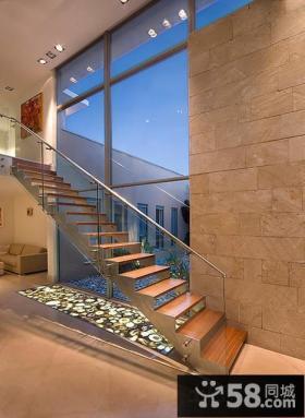复式别墅楼梯设计效果图