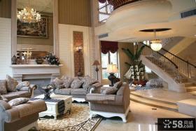 2013别墅挑高客厅装修效果图