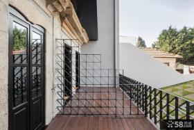 极简主义风格三室两厅阳台设计效果图