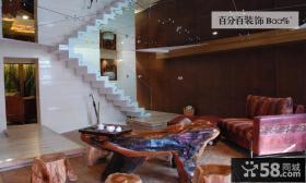复古风格豪华别墅室内楼梯设计效果图