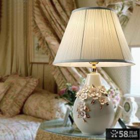 时尚卧室灯具装修效果图