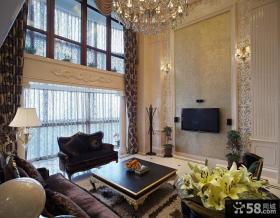 别墅挑高客厅电视背景墙装修效果图