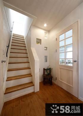 日式住宅小复式楼梯效果图