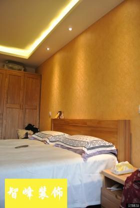 现代风格卧室墙纸背景墙装修效果图